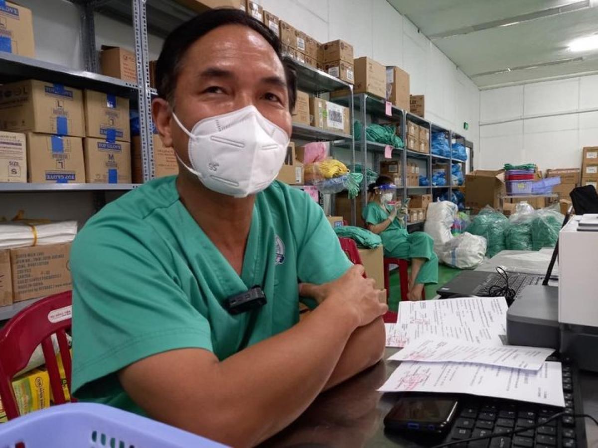 BS Nguyễn Thanh Huy, Trung tâm Hồi sức người bệnh COVID-19 của Bệnh viện Trung ương Huế tại TP.HCM. (Ảnh: Bộ Y tế)