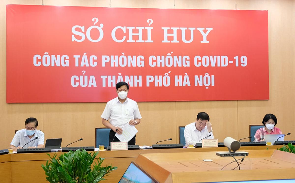 Thứ trưởng Bộ Y tế Đỗ Xuân Tuyên làm việc với UBND TP. Hà Nội về công tác phòng, chống dịch COVID-19.