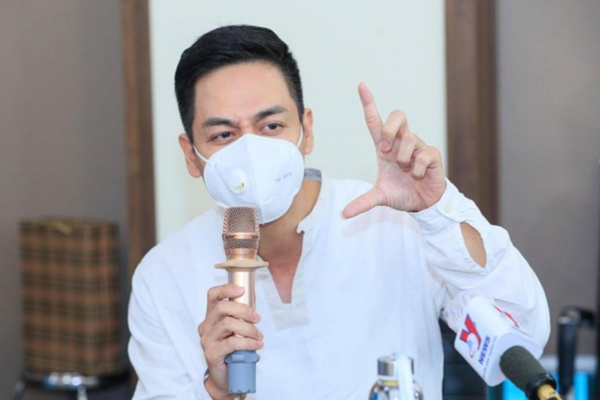 MC Phan Anh. Ảnh: Quang Vinh.