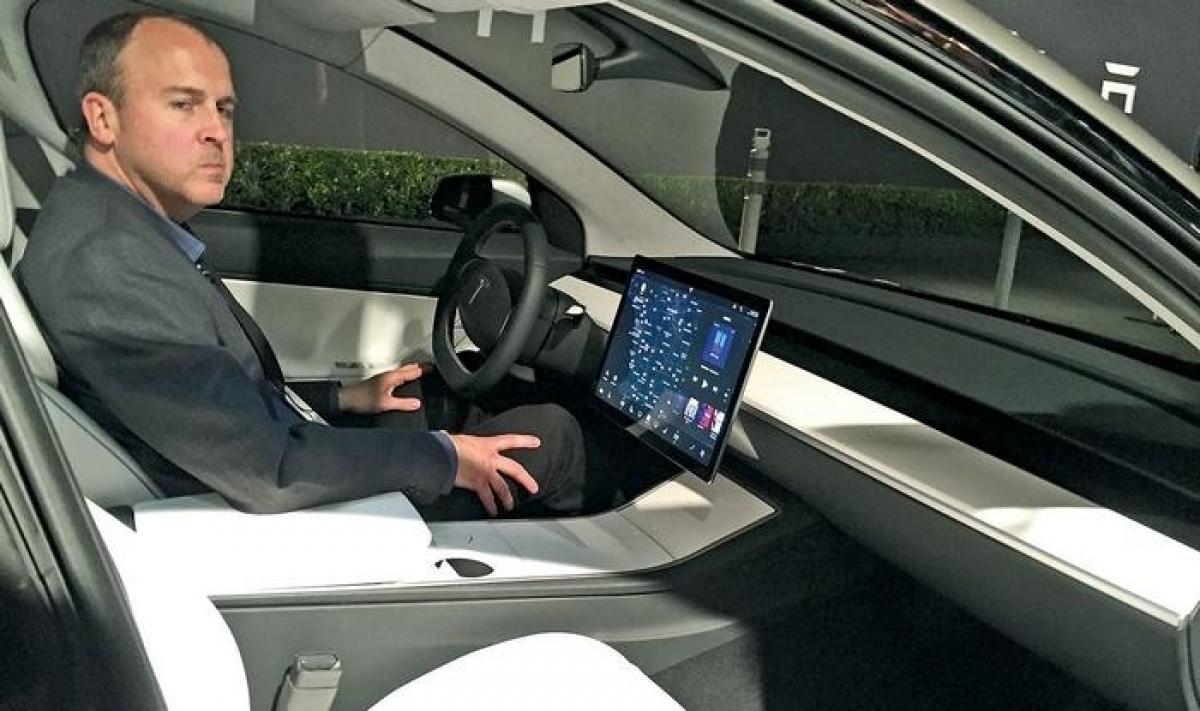 Doug Field là người góp công lớn giúp Tesla ra mắt mẫu Model 3
