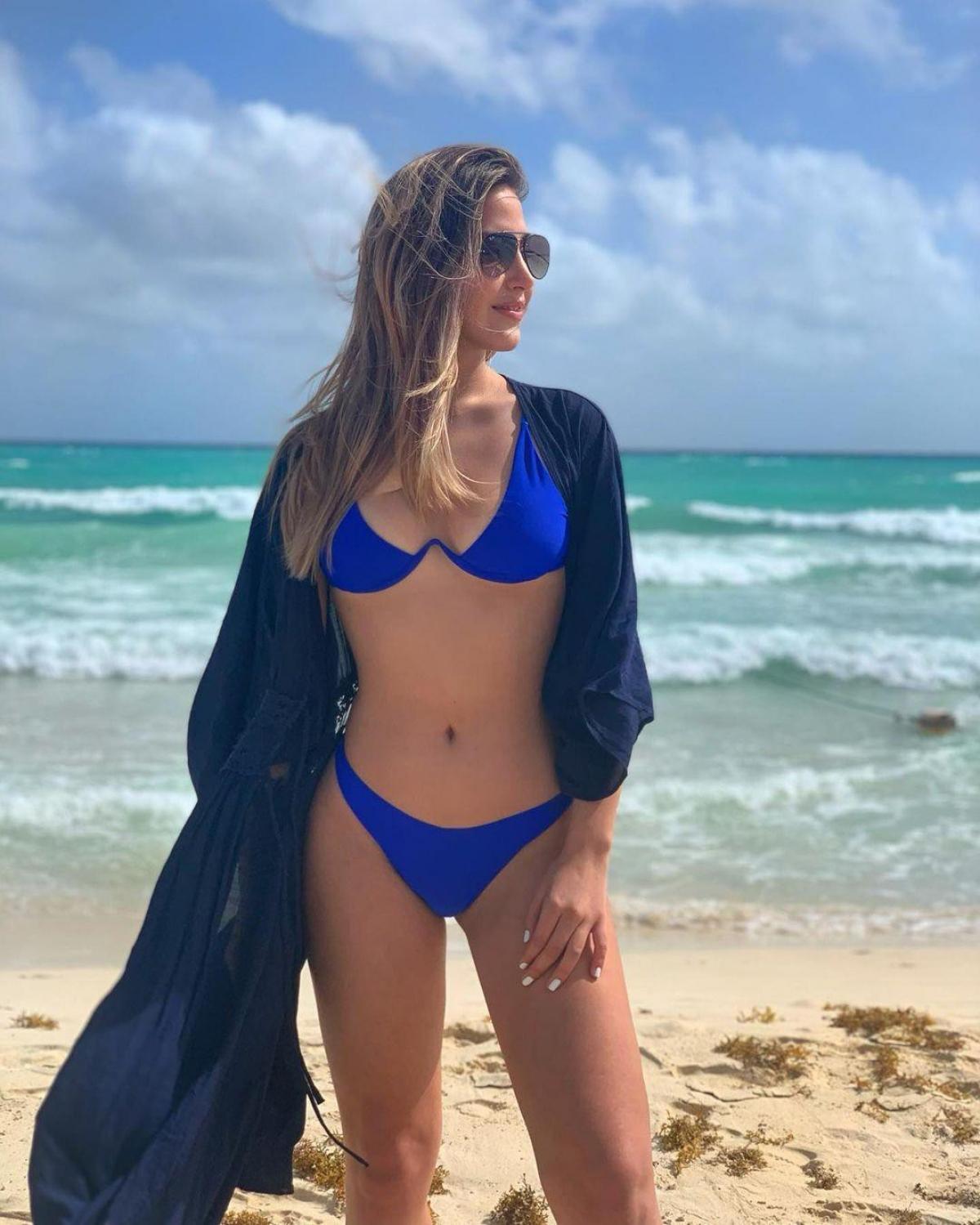 Michelle Calderon hiện đang là một vận động viên bóng chuyền, vũ công ba lê và đang chuẩn bị thi đấu trong lĩnh vực bơi lội.