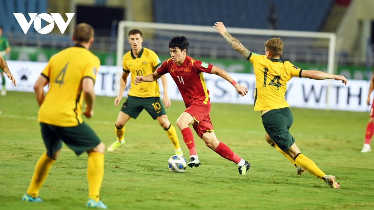 ĐT Việt Nam phải căng sức đá ở vòng loại thứ 3 World Cup 2022 và AFF Cup 2020 (Ảnh: Dương Thuật).