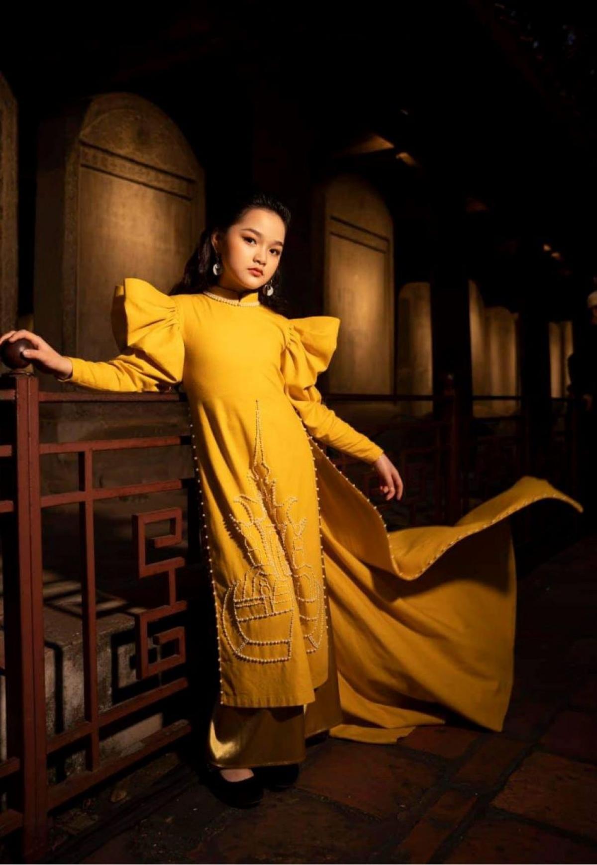 Từ cô con gái ngoan của cha mẹ đến gương mặt nổi trội đầy tiềm năng của làng người mẫu Việt Nam - Jenny Bảo Vy