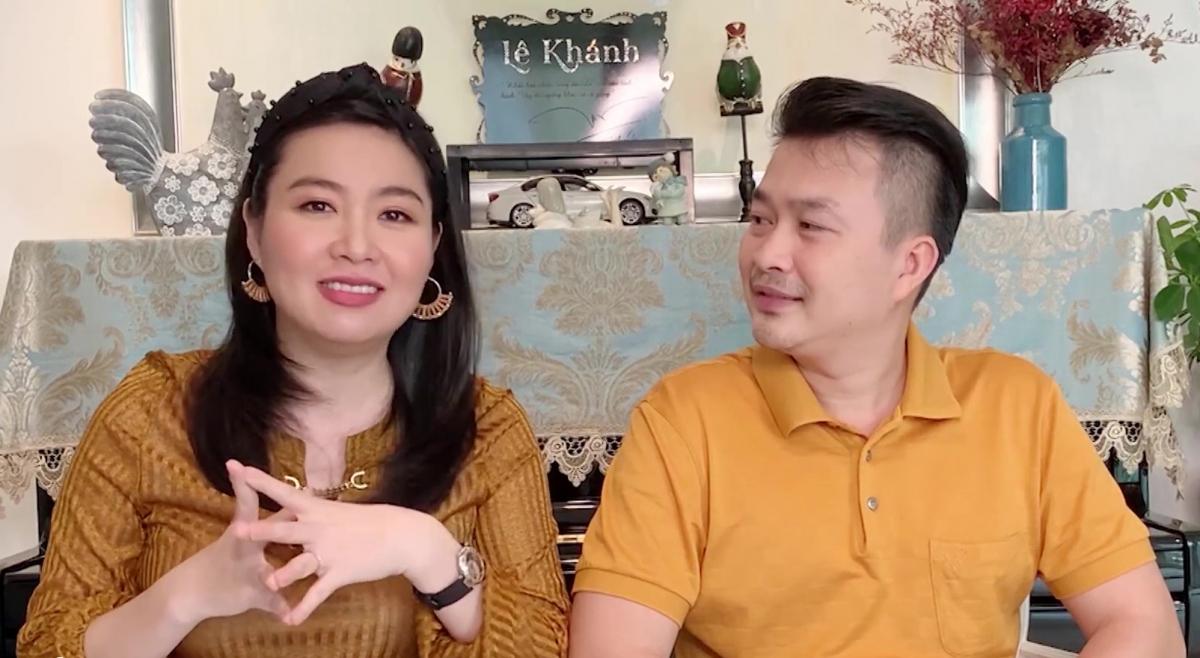 Gia đình Lê Khánh - Tuấn Khải.