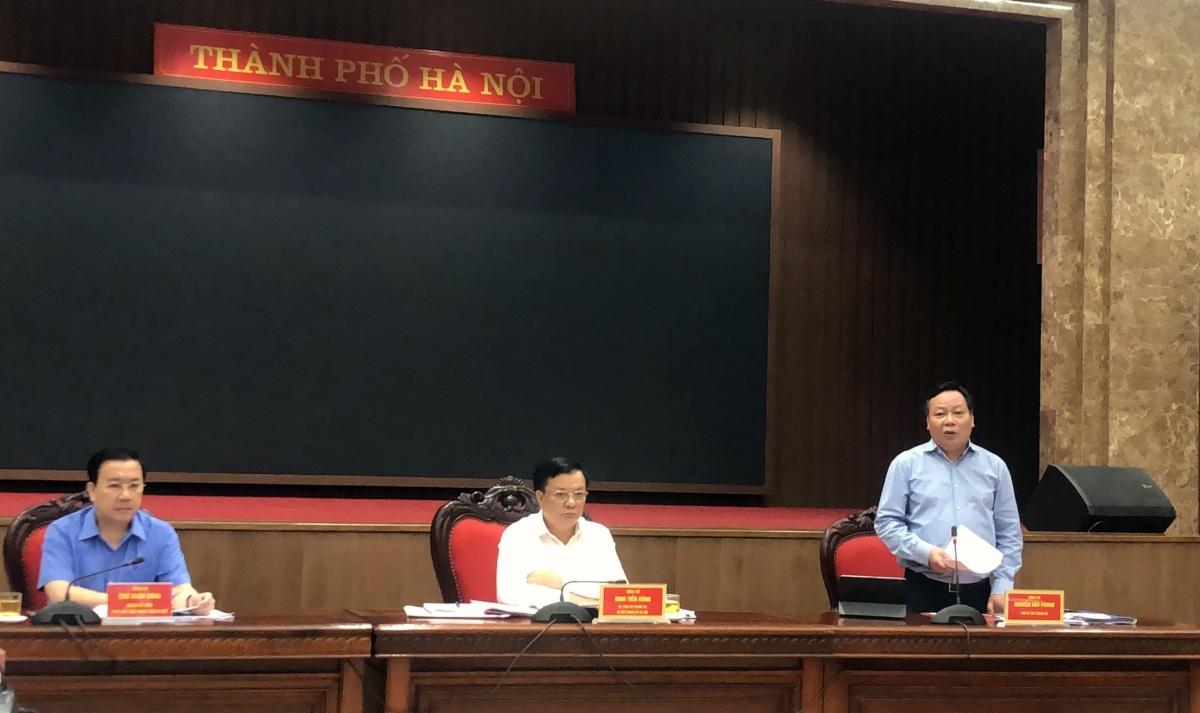 Ông Nguyễn Văn Phong phát biểu tại Hội nghị trực tuyến.