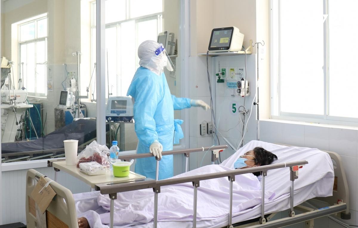 Bệnh viện Bạch Mai hỗ trợ các bệnh viện vệ tinh dựa vào nhu cầu nhân lực, trang thiết bị thực tế của từng đơn vị