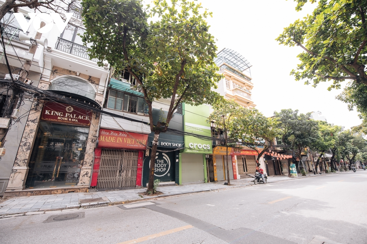 Hang Bong street is usually crowded with customers, although these days it is mostly deserted.