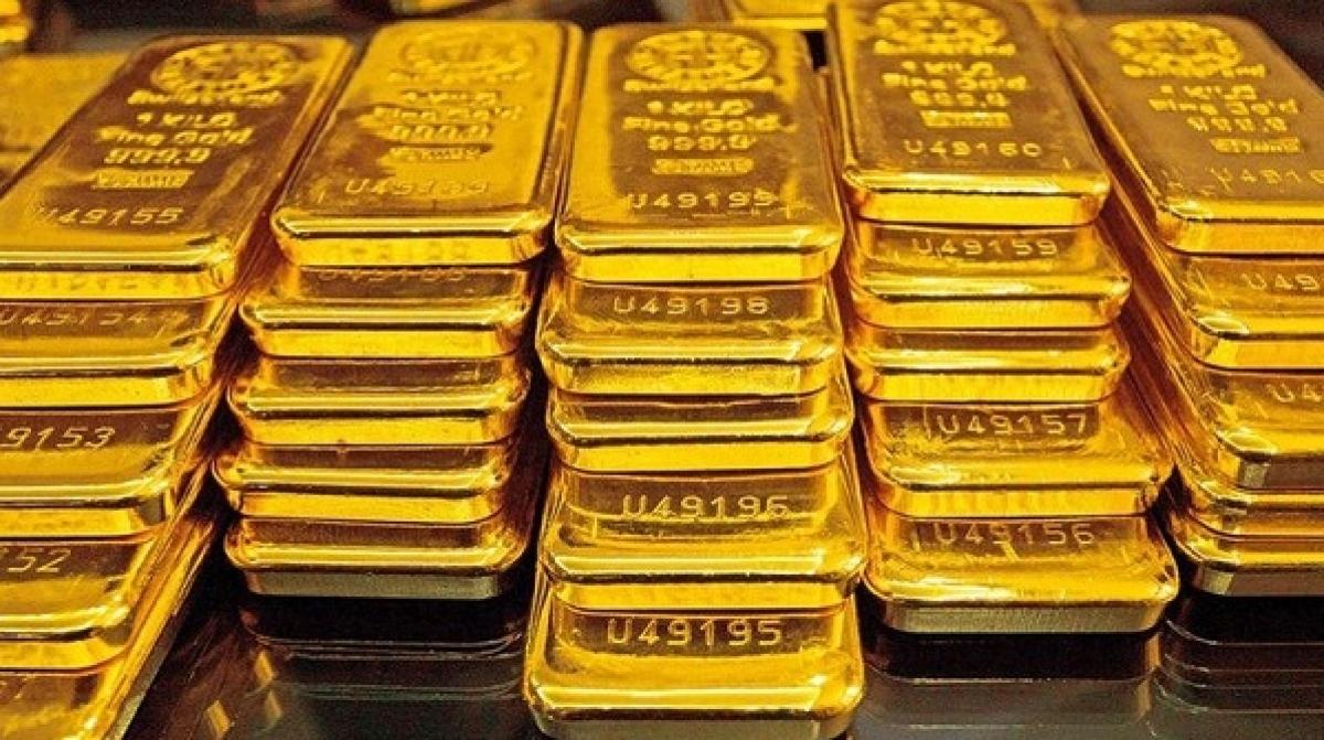 Giá bán vàng SJC đắt hơn vàng thế giới gần 9 triệu đồng/lượng. (Ảnh: KT)