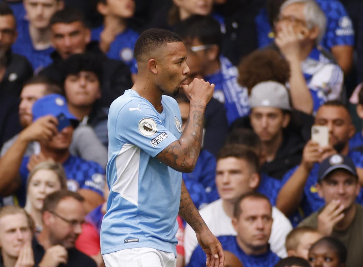 Jesus ghi bàn mở tỷ số cho Man City. (Ảnh: Reuters).