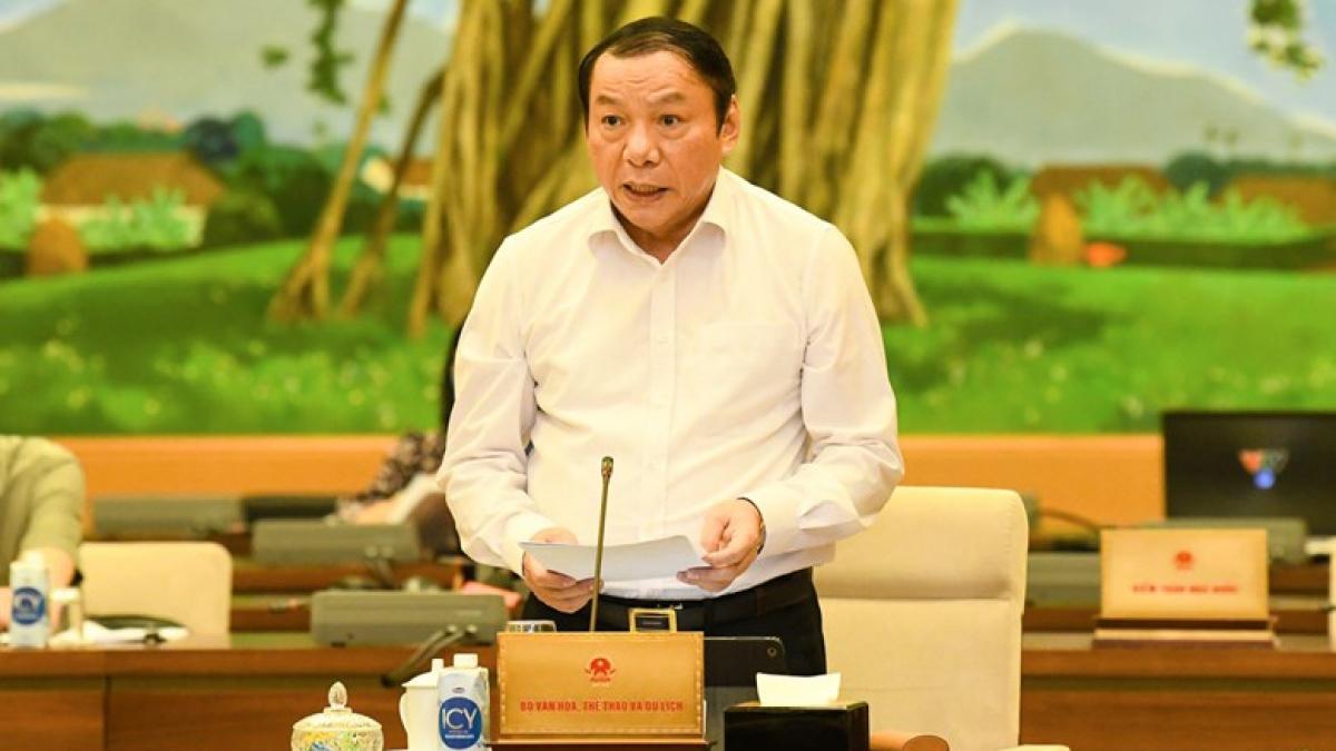 Bộ trưởng Bộ Văn hóa Thể thao và Du lịch Nguyễn Văn Hùng. Ảnh: Quốc hội