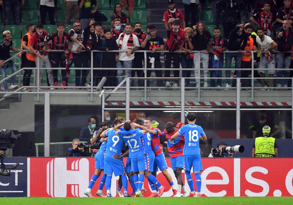 Atletico Madrid lội ngược dòng giành chiến thắng 2-1.