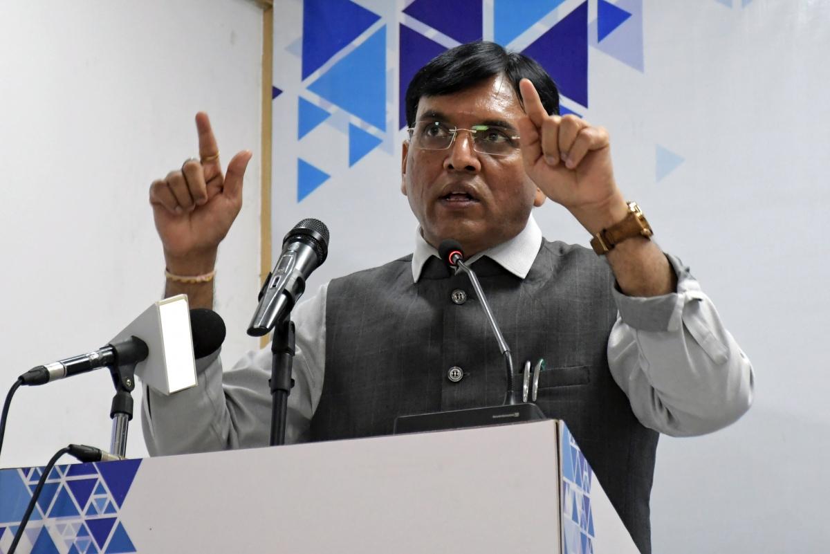 Bộ trưởng Y tế Ấn Độ Mansukh Mandaviya. Ảnh ANI.