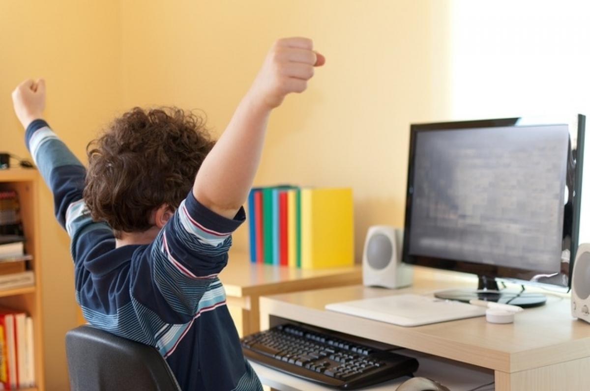 TS Nguyễn Thanh Hải cho biết, nhiều học sinh tại Mỹ cũng gặp những khó khăn khi học trực tuyến. (Ảnh minh họa, nguồn: Johns Hopkins School of Education)