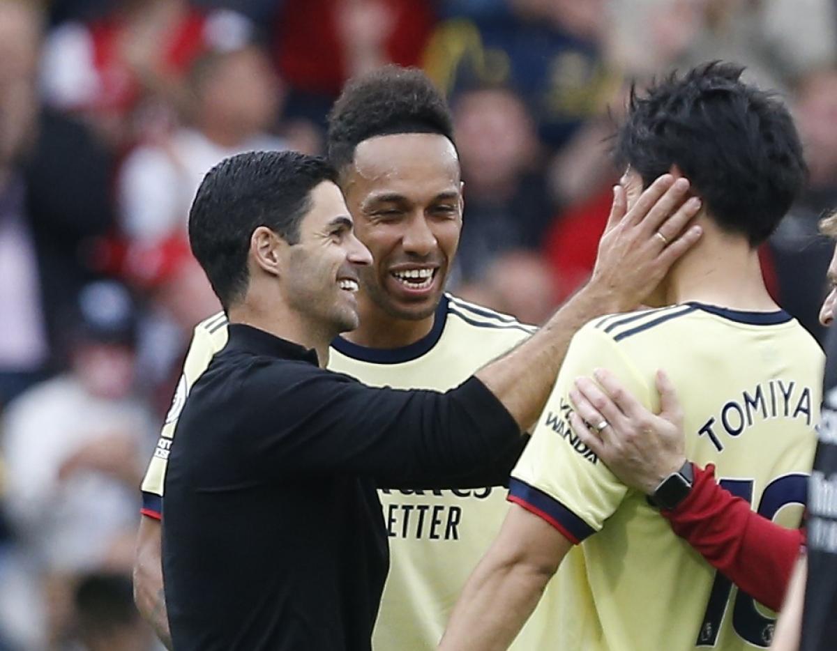 Arsenal giành chiến thắng thứ 2 liên tiếp và tạm thời leo lên đứng thứ 12 trên BXH Ngoại hạng Anh còn Burnley tụt xuống vị trí áp chót.