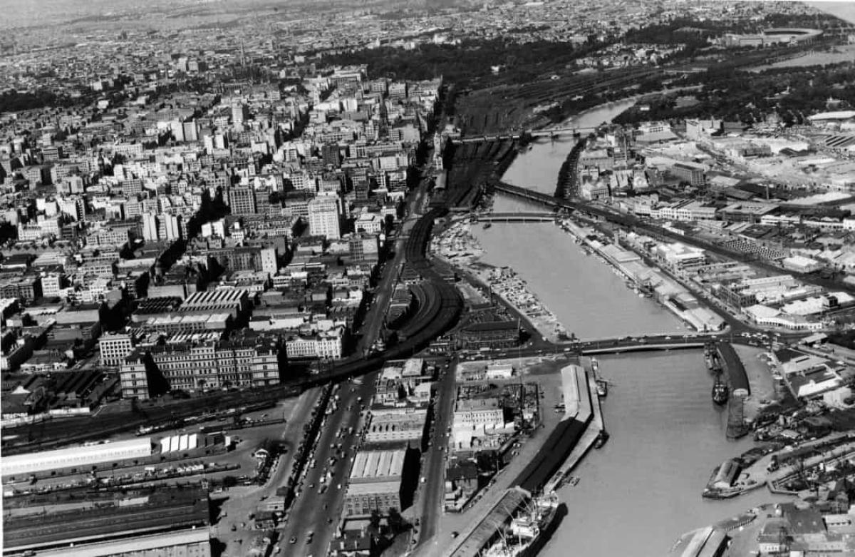 Khung cảnh Melbourne, Australia nhìn từ trên cao vào tháng 12/1954.