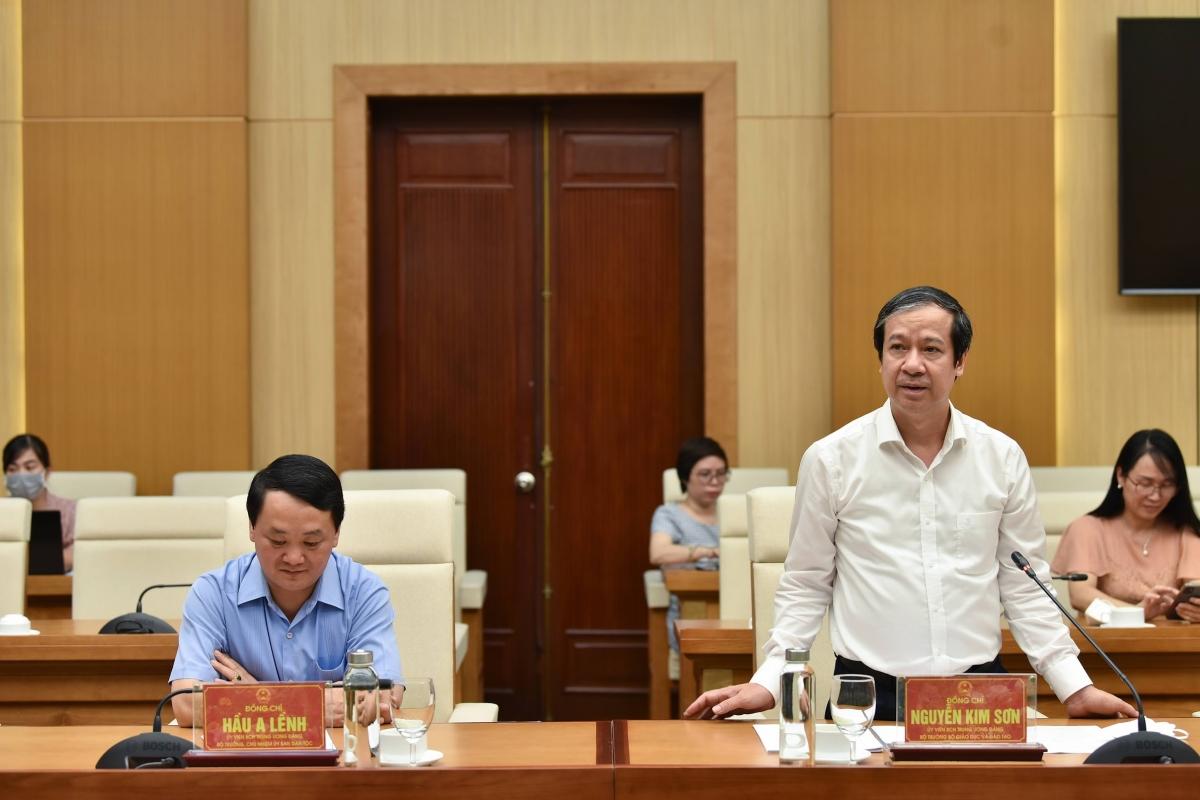 Bộ trưởng Nguyễn Kim Sơn phát biểu tại buổi làm việc với UBND tỉnh Phú Thọ. Ảnh Thế Đại