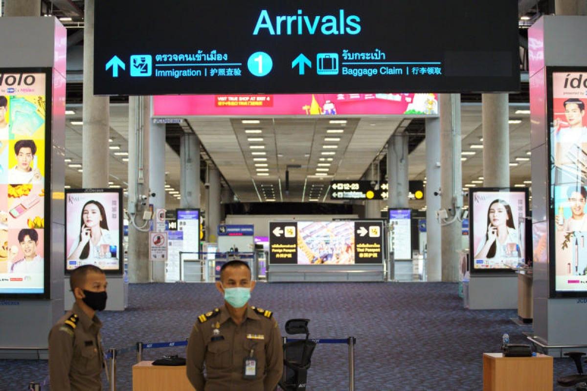 Sảnh đến vắng lặng ở sân bay Suvarnabhumi (Bangkok, Thái Lan). Ảnh: Reuters