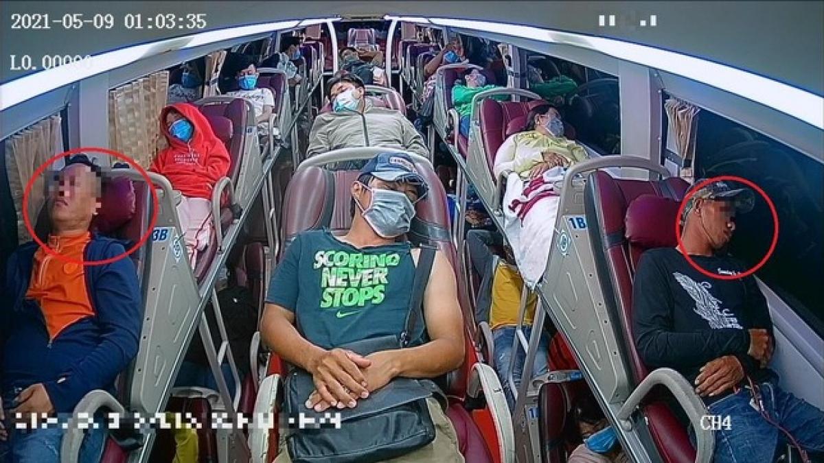 Camera trên xe khách sẽ giúp phát hiện ngay những hành khách không đeo khẩu trang, giúp phòng chống lây nhiễm dịch Covid-19 trên xe khách.