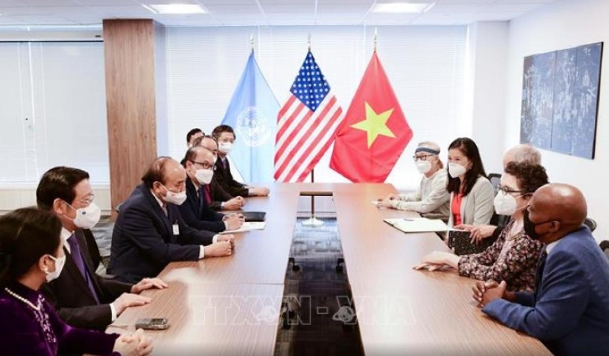 Chủ tịch nước Nguyễn Xuân Phúc tiếp bạn bè cánh tả Hoa Kỳ (Ảnh: TTXVN)