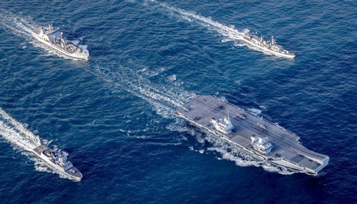 Nhóm tác chiến tàu sân bay HMS Queen Elizabeth. Ảnh: Hải quân Hoàng gia Anh