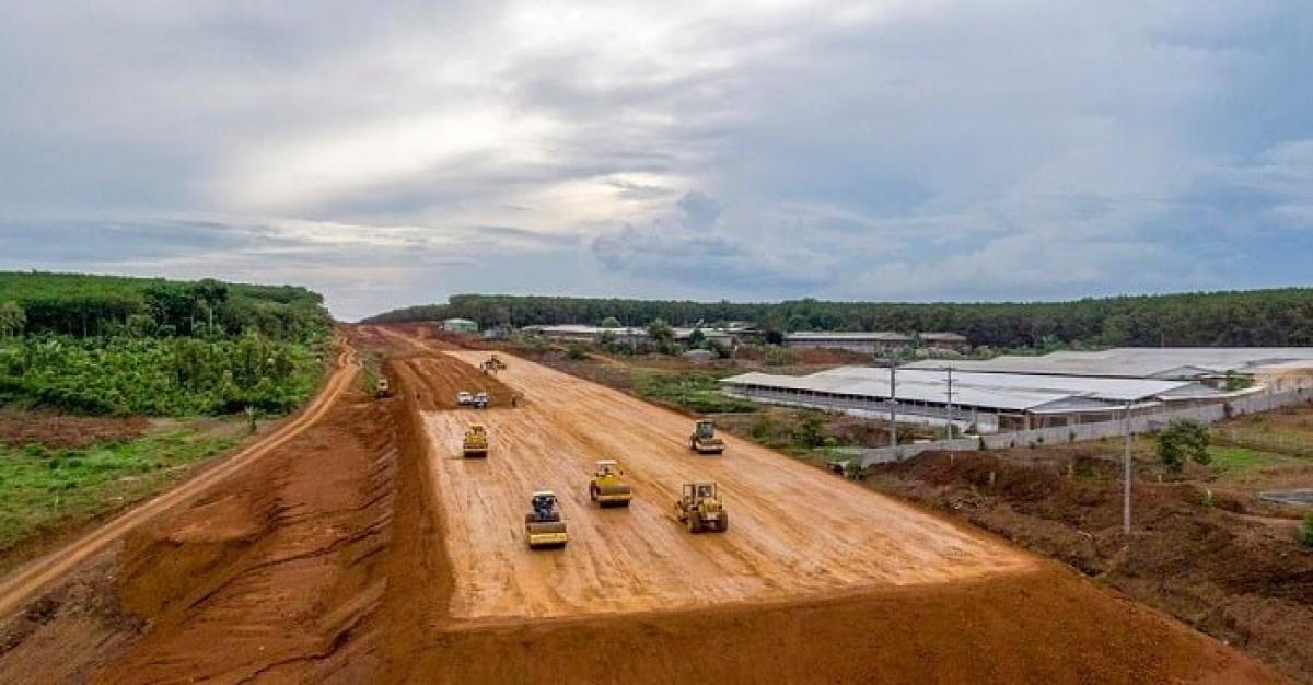 Hình ảnh tiến độ thi công của các gói thầu Cao tốc Dầu Giây – Phan Thiết.