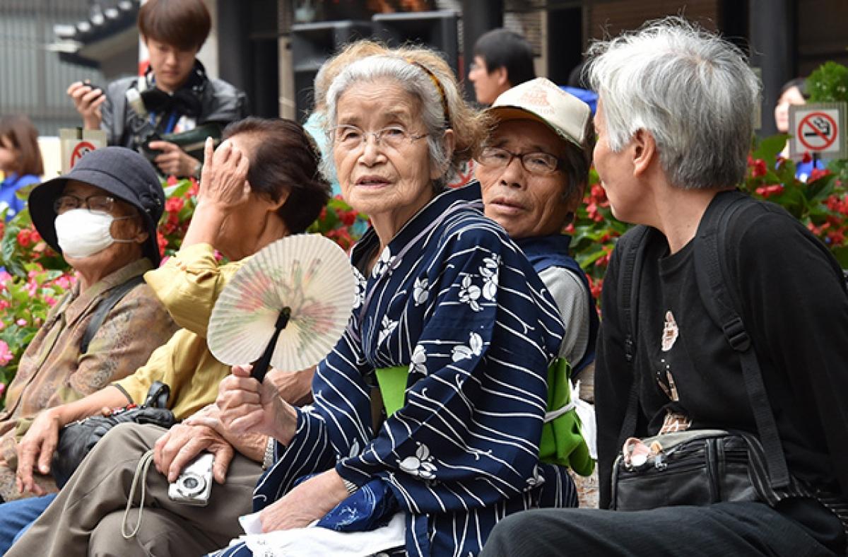 Tình trạng lão hóa dân số của Nhật Bản ngày càng trầm trọng. Ảnh: Asia