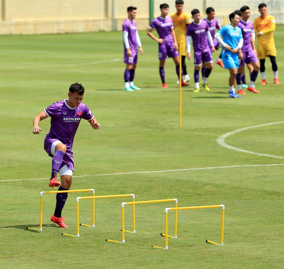 Theo lịch thi đấu tại vòng loại World Cup 2022, ĐT Việt Nam sẽ gặp Trung Quốc trên sân trung lập ở UAE vào ngày 7/10 sau đó tới làm khách của Oman vào ngày 12/7.