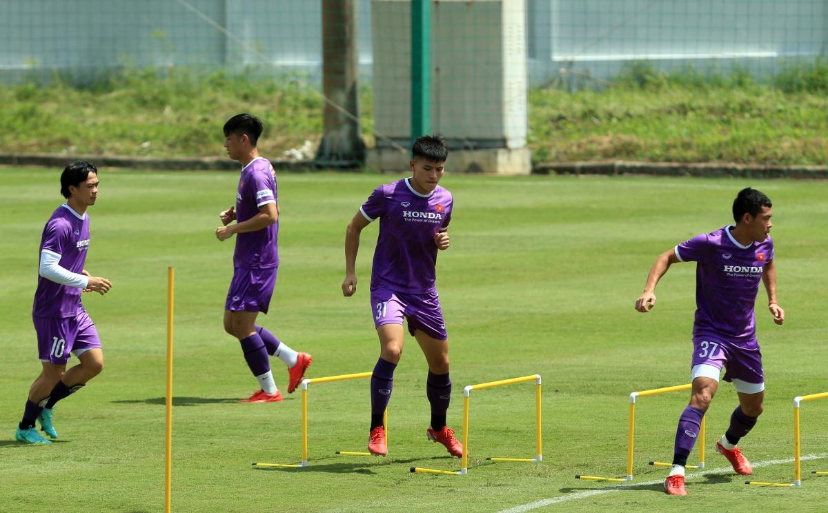 Trung vệ Thanh Bình từng được HLV Park Hang Seo sử dụng trong trận gặp Australia ở vòng loại World Cup 2022.