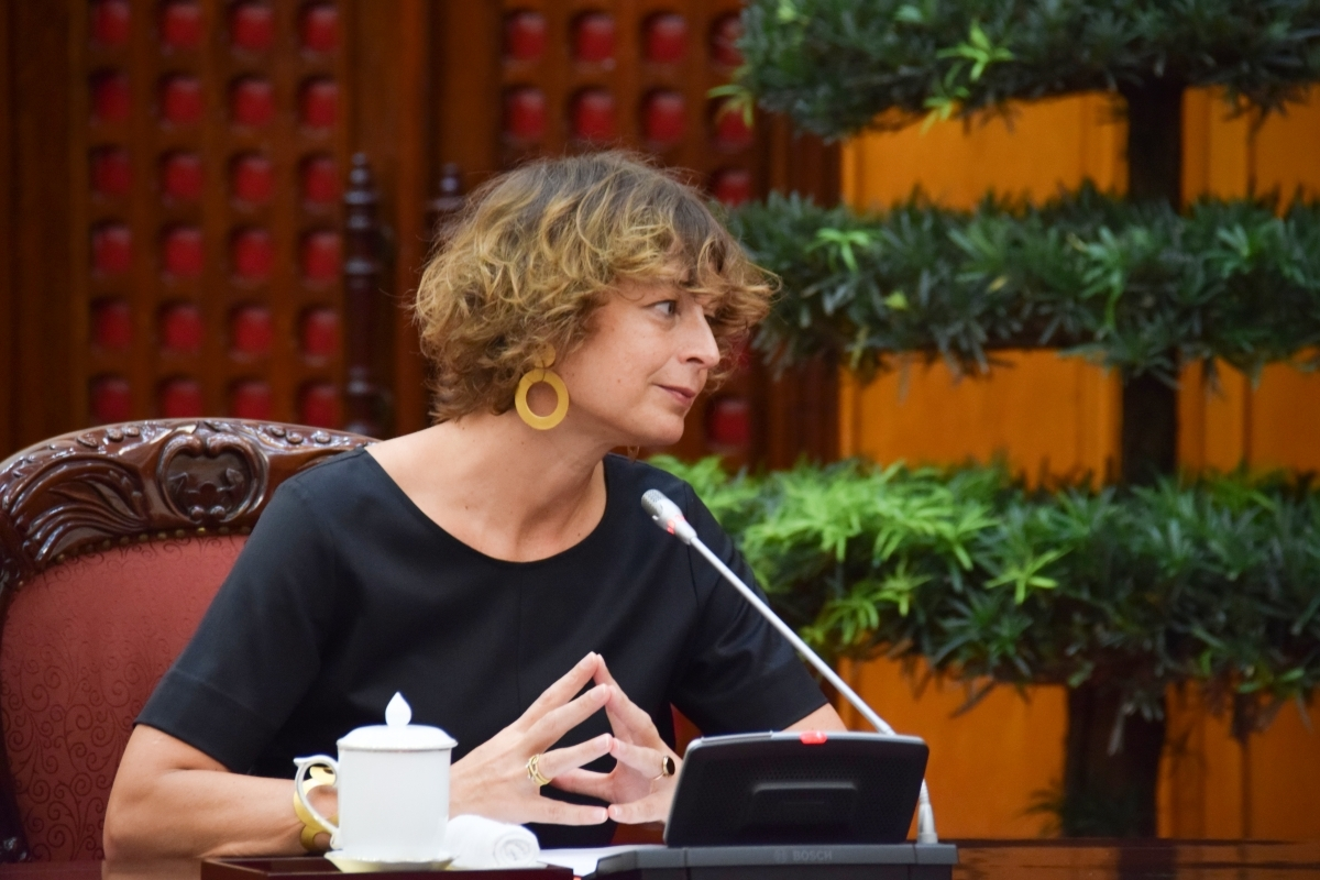 Ambassador Elsbeth Akkerman says the Dutch government and business community support and accompany Vietnam in the fight against COVID-19.