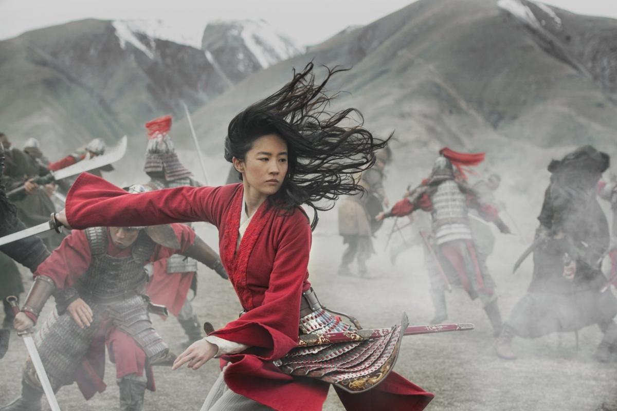 """""""Mulan"""" thất bại nặng nề tại phòng vé Trung Quốc."""