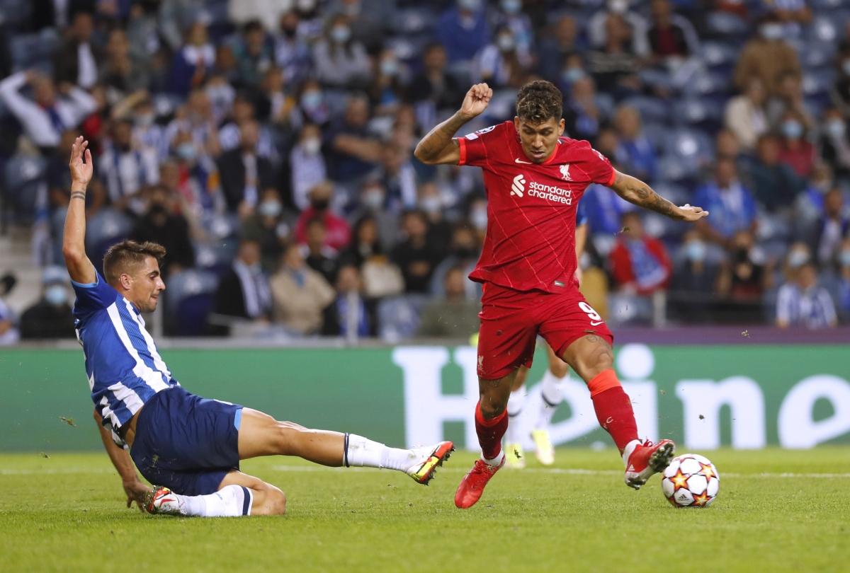 Vào sân từ phút 67, Firmino vẫn kịp ghi cú đúp. (Ảnh: Reuters).