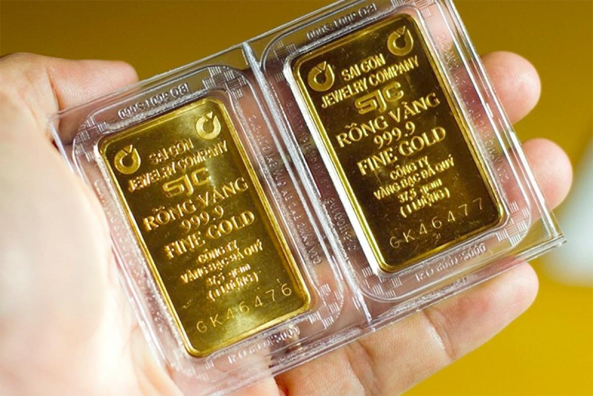Giá vàng SJC đứng yên, vàng thế giới tiếp tục lao dốc (Ảnh minh họa: KT)