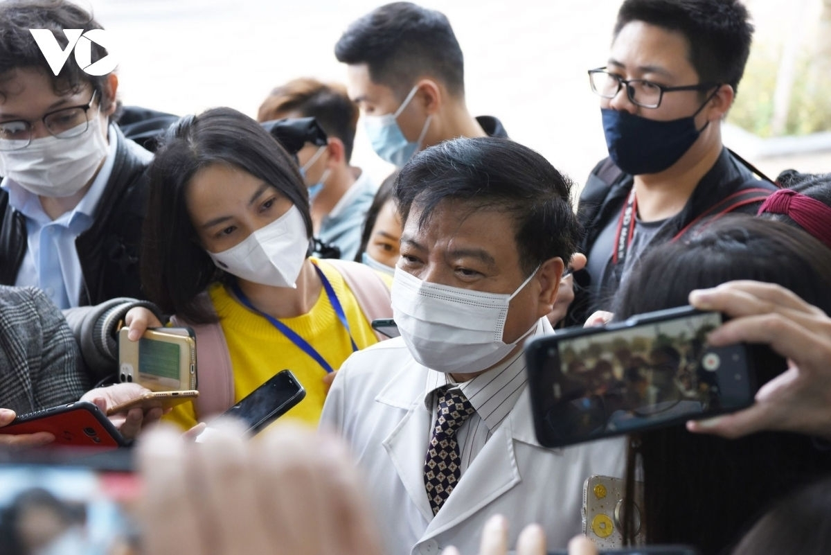 Prof. Dr. Nguyen Van Kinh, chairman of the Vietnamese Association for Infectious Diseases responds to the media