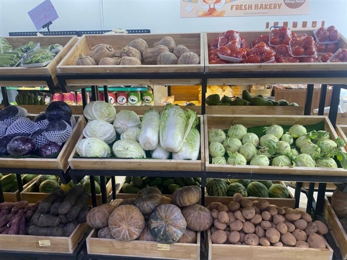 """Hiện tại người dân """"vùng xanh"""" quận 7, huyện Củ Chi và cần Giờ đã được đi siêu thị mua thực phẩm."""