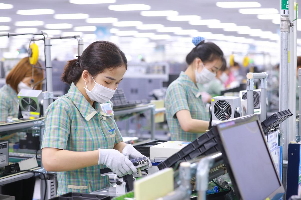 Nhiều tổ chức, doanh nghiệp cho rằng cần trao quyền chủ động trong sản xuất và phòng chống dịch cho các tổ chức, doanh nghiệp.