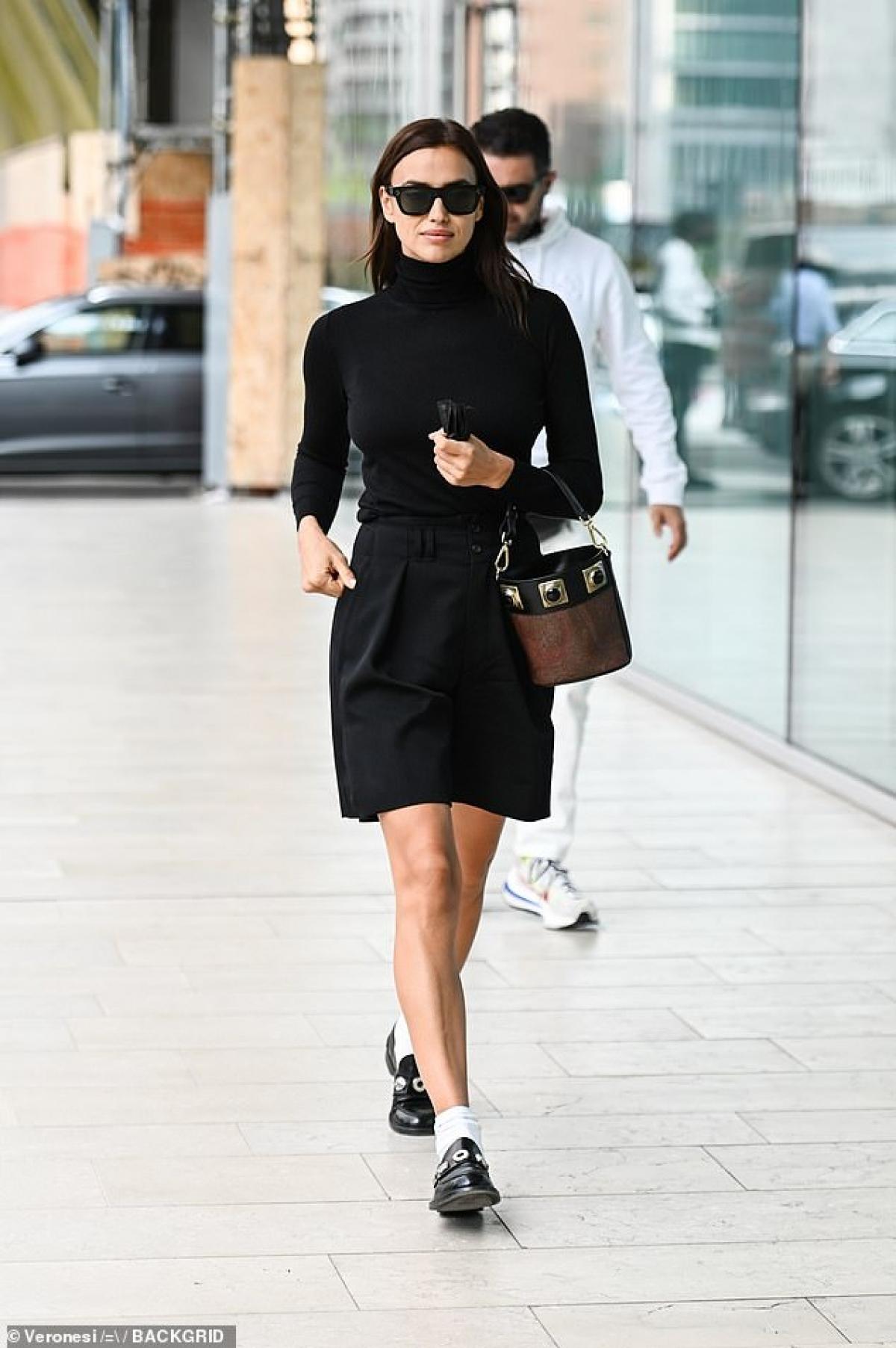 Irina Shayk hiện là một trong những người mẫu nổi tiếng hiện tại.