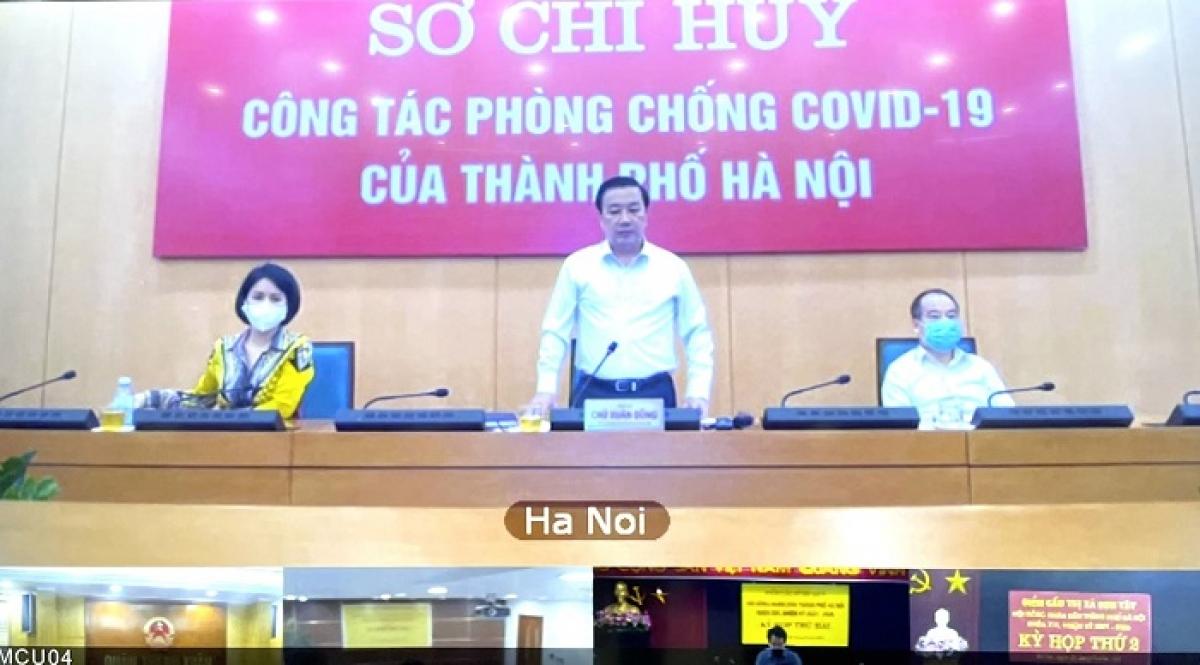 Phó Chủ tịch UBND Thành phố Hà Nội Chử Xuân Dũng phát biểu tại buổi giao ban.