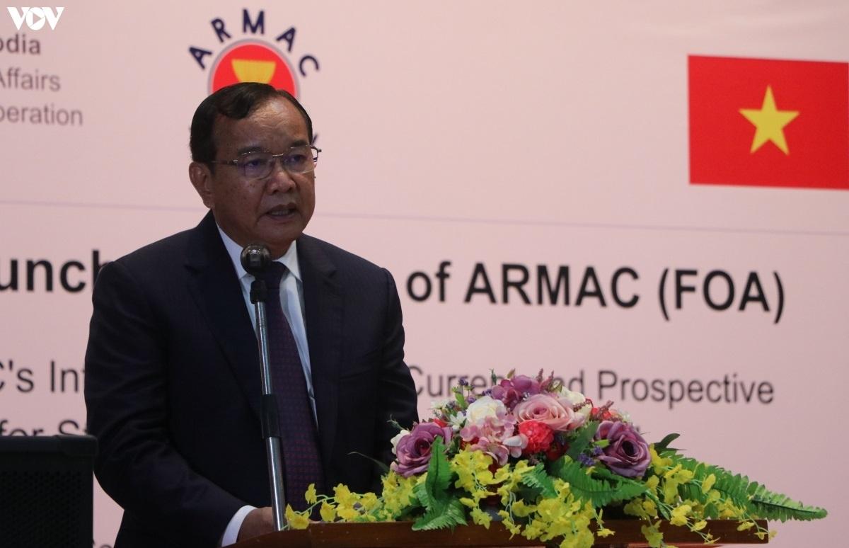 Phó Thủ tướng, Bộ trưởng Ngoại giao Campuchia Prak Sokhonn.