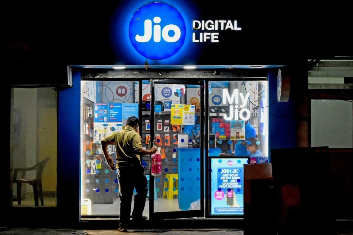 Jio đã hỗ trợ hàng chục nghìn cửa hàng bán lẻ truyền thống tại Ấn Độ