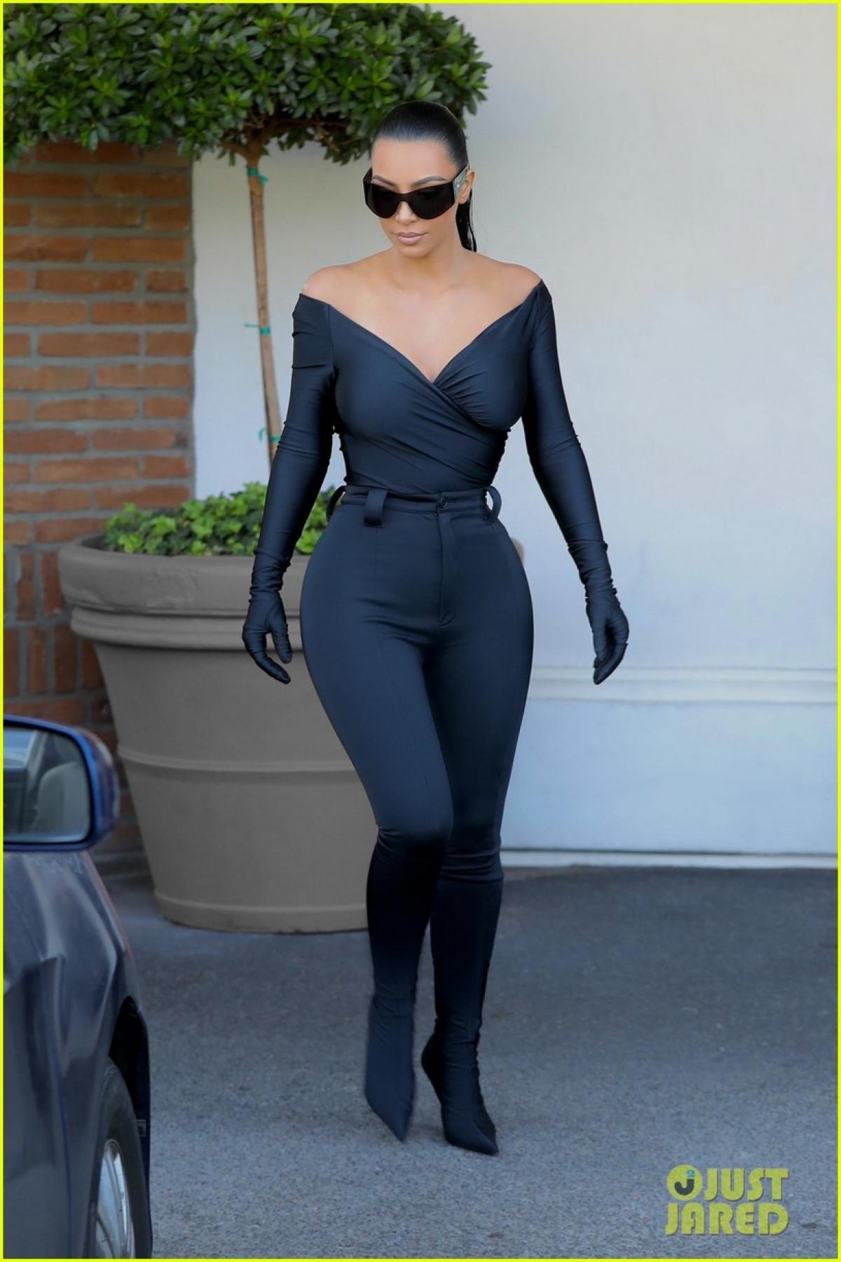 Mỗi lần Kim Kardashian xuất hiện đều nhận được sự quan tâm của giới truyền thông và công chúng.