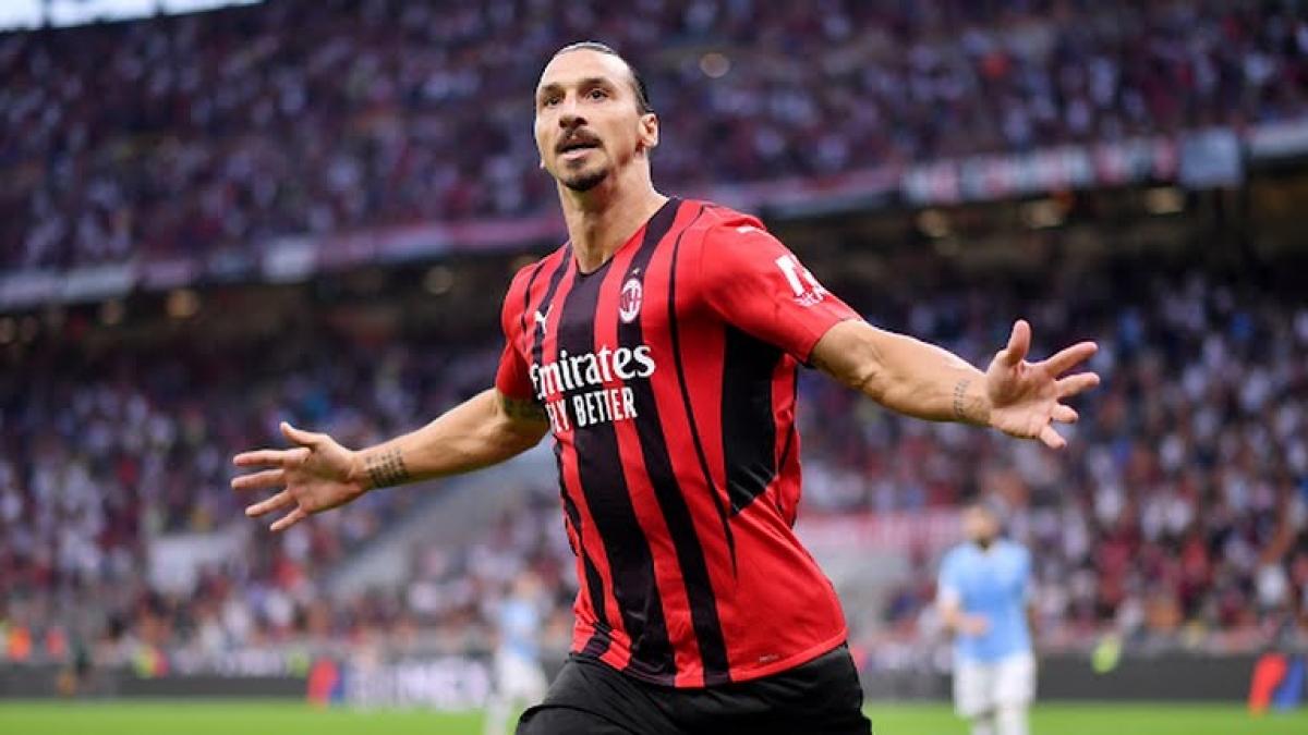 Ibrahimovic ấn định chiến thắng cho AC Milan (Ảnh: Reuters).