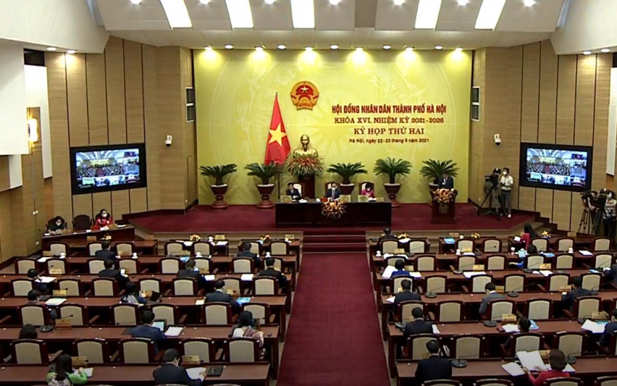 HĐND TP Hà Nội thông qua mức thu phí năm học 2021-2022