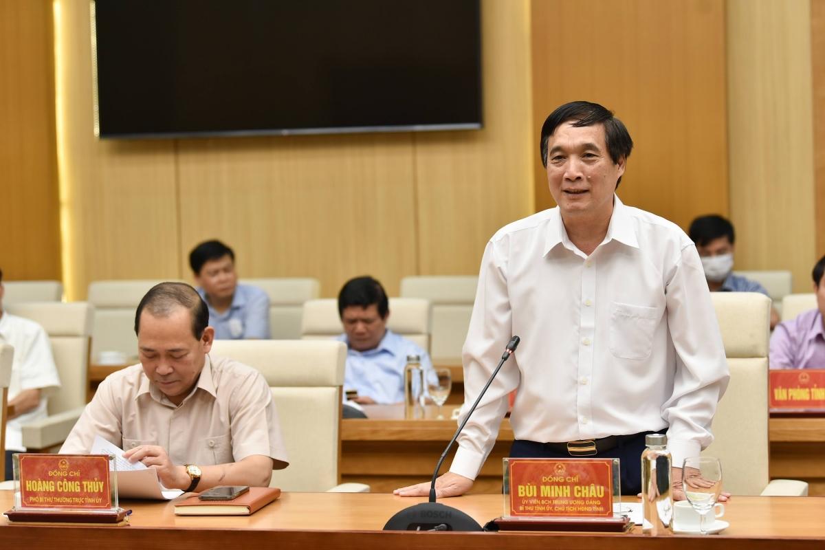 Lãnh đạo tỉnh Phú Thọ phát biểu tại buổi làm việc với 2 Bộ trưởng. Ảnh Thế Đại