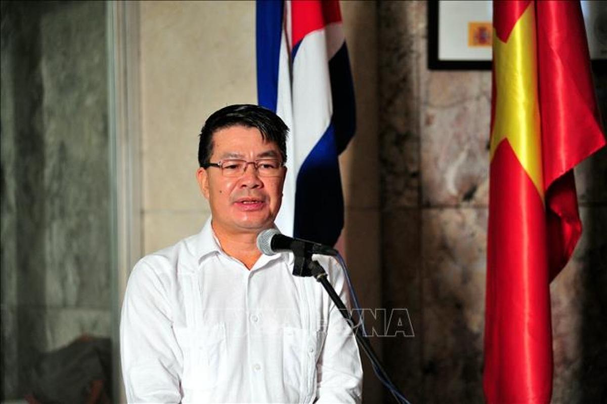 Đại sứ Việt Nam tại Cuba Lê Thanh Tùng (Ảnh: TTXVN)