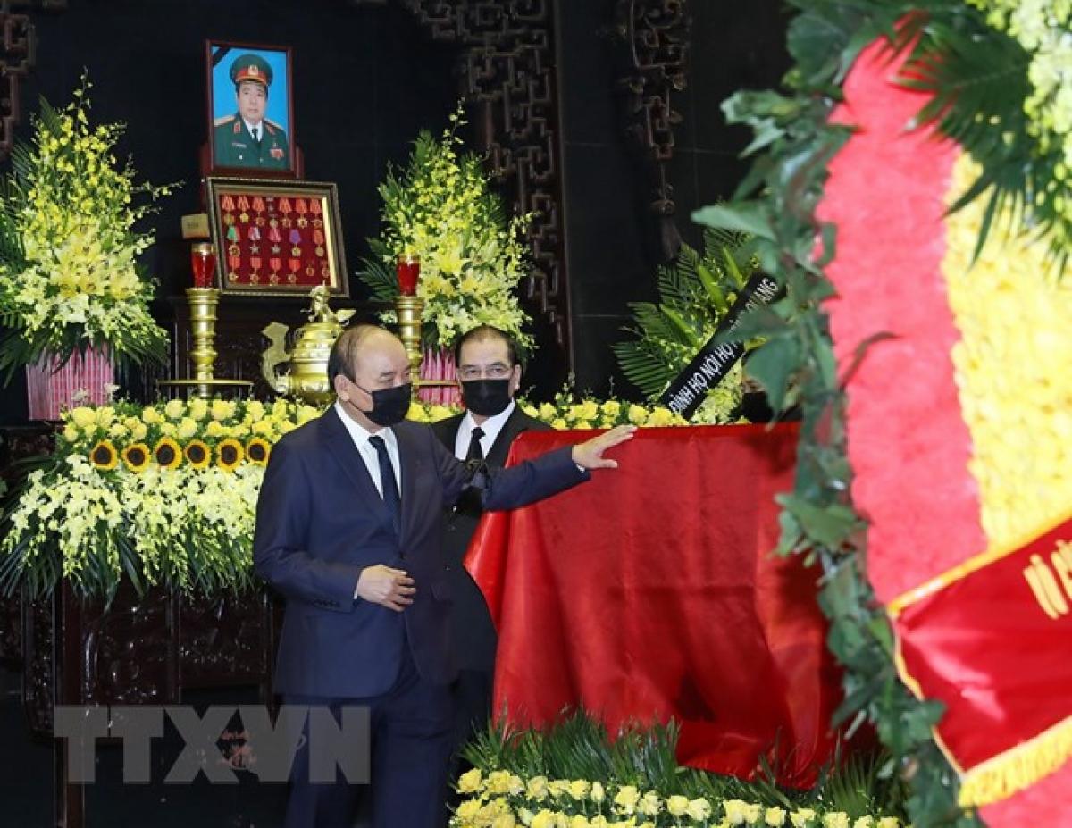 Lễ viếng, Lễ truy điệu đồng chí Đại tướng Phùng Quang Thanh được cử hành trọng thể. (Ảnh: TTXVN)