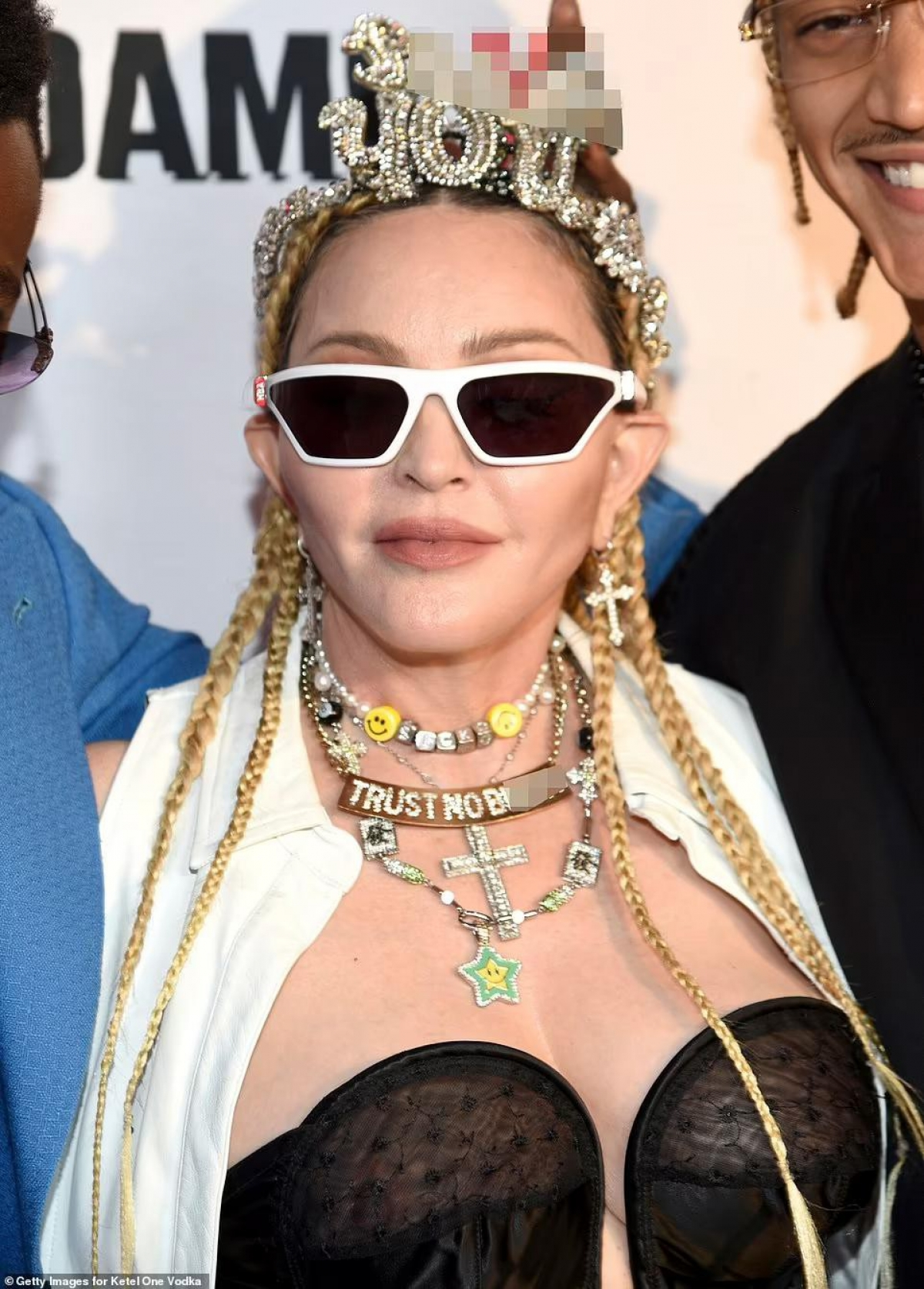 Bố của Williams cho biết ông không ủng hộ việc phân biệt tuổi tác trong tình yêu và cảm thấy hạnh phúc khi con trai có tình cảm với Madonna./.