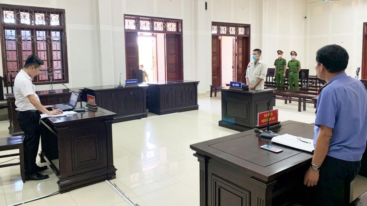 Bị cáo Đoàn Công Tú tại phiên tòa (Ảnh: Công an tỉnh Quảng Ninh)