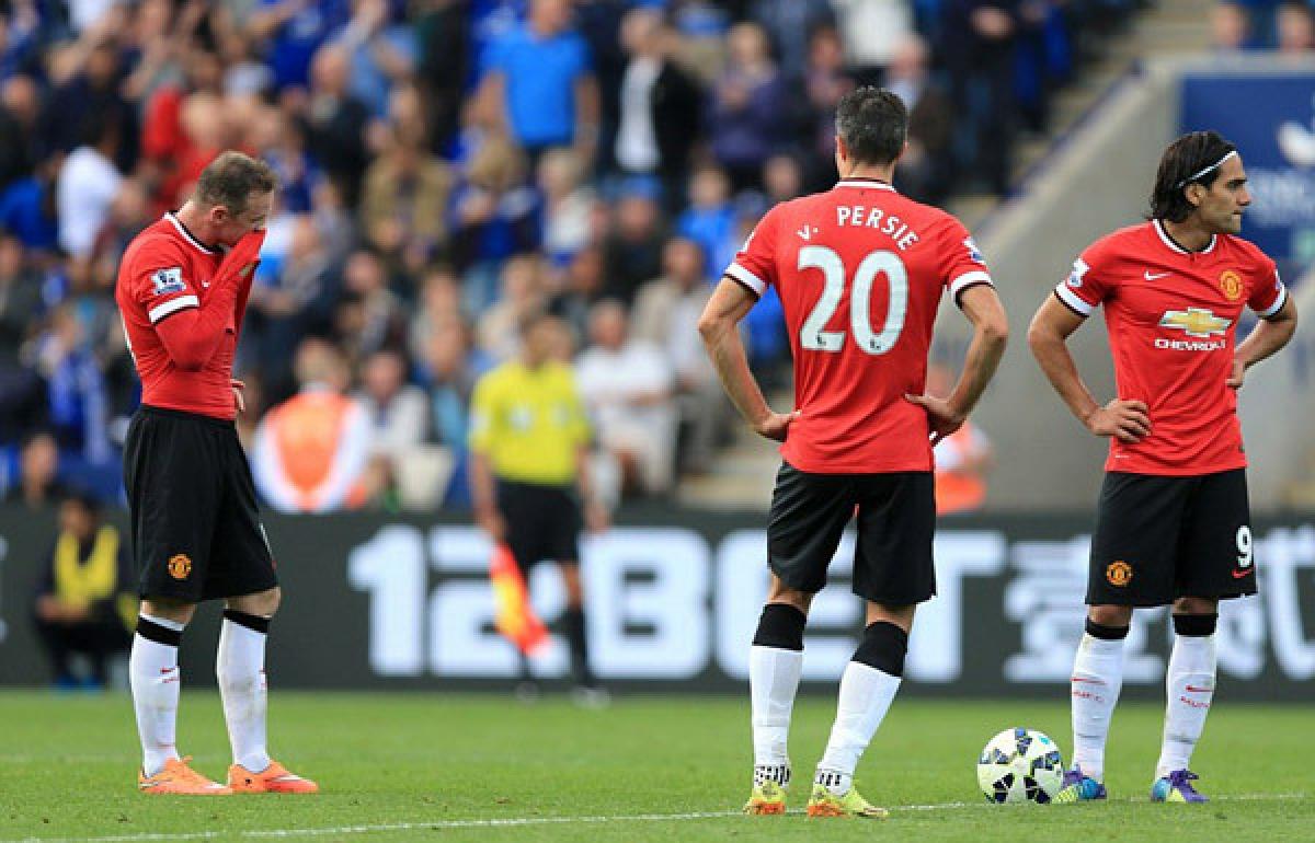 Ngày này 7 năm trước, MU nhận trận thua khó tin 3-5 trước Leicester dù đã dẫn trước đối thủ 2 bàn chỉ sau 16 phút bóng lăn. (Ảnh:EMPICS Sport).