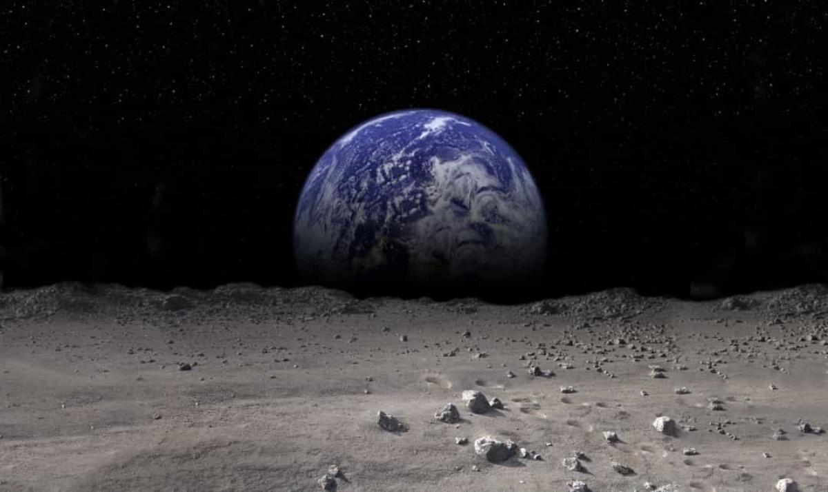 Tuổi thọ của Mặt Trăng. Theo lý thuyết, một vật thể lớn (hoặc một số vật thể) đã va vào Trái Đất và Mặt Trăng là một trong những mảnh vỡ của vụ va chạm đó.Những tảng đá trên Mặt Trăng được các phi hành gia mang về Trái Đất giúp xác định rằng Mặt Trăng được tạo ra vào khoảng 4,5 tỷ năm trước.