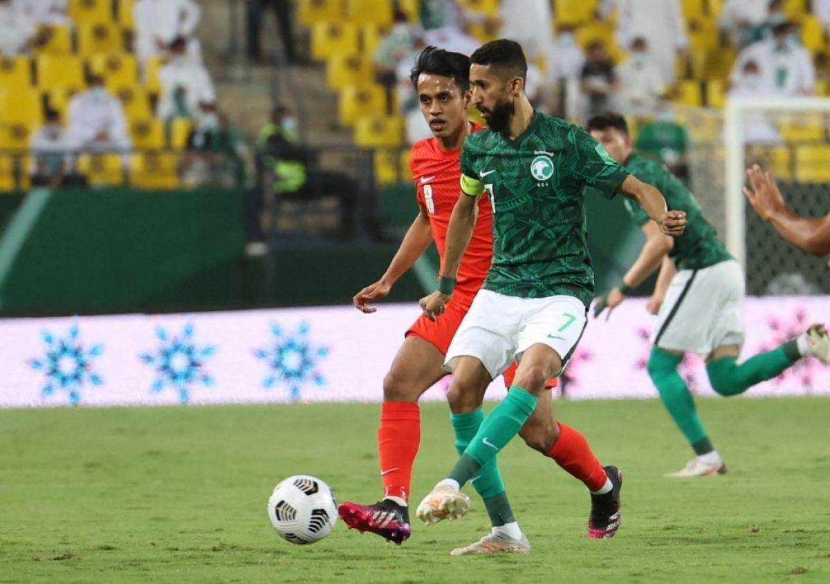 Saudi Arabia (áo xanh) là đội bóng mạnh hàng đầu châu Á (Ảnh: Getty).